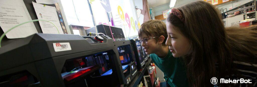 3D Drucker von MakerBot, Formlabs, XYZprinting und Sinterit. Schweizer Reseller, Support und Bildungs Webseite. 3D Drucker Lösungen für Schulen, Bildungsinstitutionen, Firmen und Private.