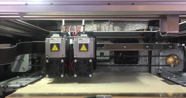 Professioneller FDM 3D-Drucker
