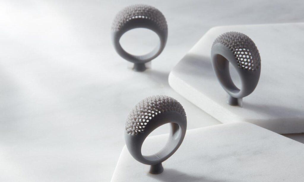 Passstücke in Grau aus dem 3D-Drucker
